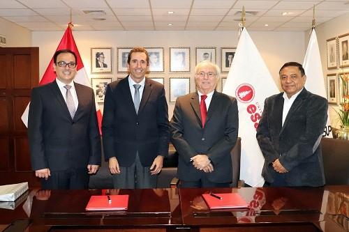 Tecsup y Esan firman convenio para beneficiar a profesionales técnicos