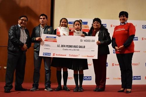 Scotiabank y Plan Internacional reconocen emprendimientos escolares en Lima y Piura