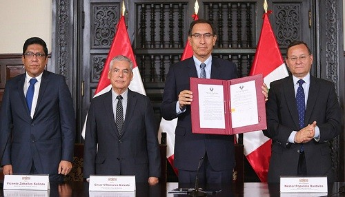 Presidente Vizcarra convoca a referéndum para el 9 de diciembre: no respalda la bicameralidad por haber sido desnaturalizada