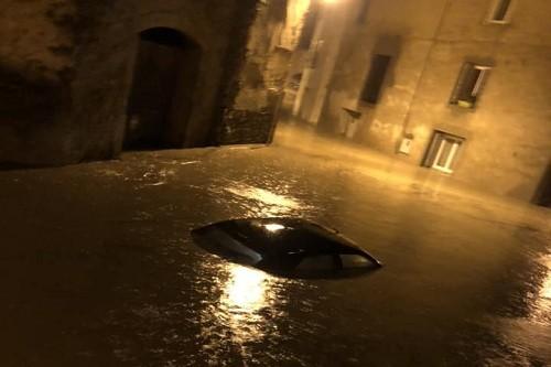 Francia: número de muertos por las inundaciones sube a 13