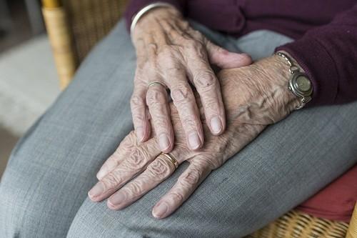 ¿El consumo de lácteos durante los primeros años de vida puede prevenir la osteoporosis?