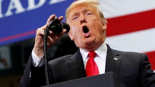Un Donald Trump exultante califica de 'tremendo éxito' los resultados de las elecciones de medio mandato