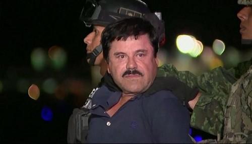 Un miembro del jurado en el juicio de 'El Chapo' Guzmán fue destituido por pedirle un autógrafo