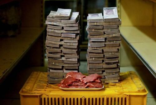 La tasa de inflación de Venezuela viene de alcanzar el 830,000% y es probable que siga aumentando