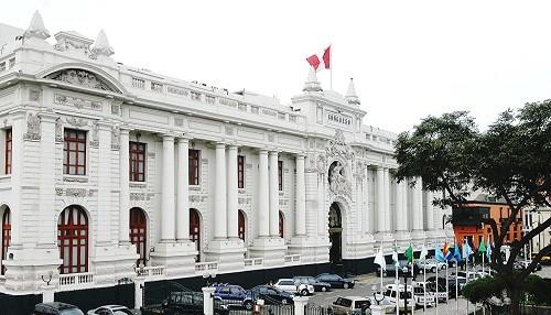 Los semi-difuntos de Plaza Bolívar