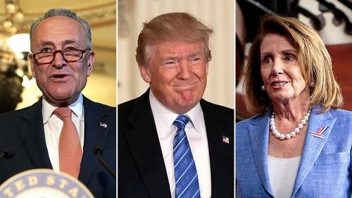 Donald Trump dice que conversar con los líderes demócratas en el Congreso es una 'pérdida total de tiempo'