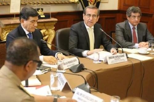 Perú: congresistas presentan proyecto que exime de responsabilidad penal a policías