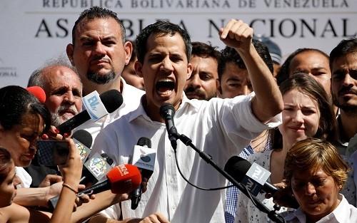 Ante nuevas protestas, oposición en Venezuela insta a militares a levantarse contra Nicolás Maduro