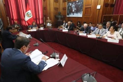 Comisión de Levantamiento de Inmunidad Parlamentaria del Congreso aprueba levantar inmunidad a Moisés Mamani