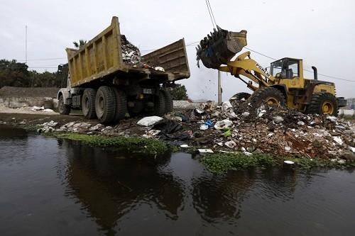 Lima: se realizó limpieza en el área natural protegida Los Pantanos de Villa