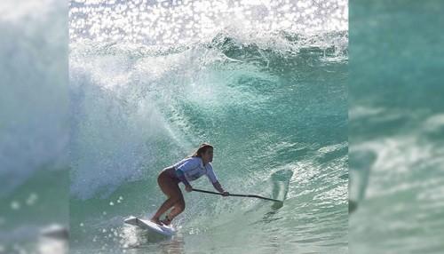 Surfista peruana Brissa Málaga se lleva el primer lugar en Australia