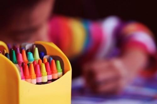 Centros educativos privados no pueden exigir la entrega de la lista completa de útiles al inicio del año escolar