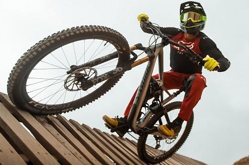 El peruano Sebastián Alfaro inicia temporada de competencias de ciclismo