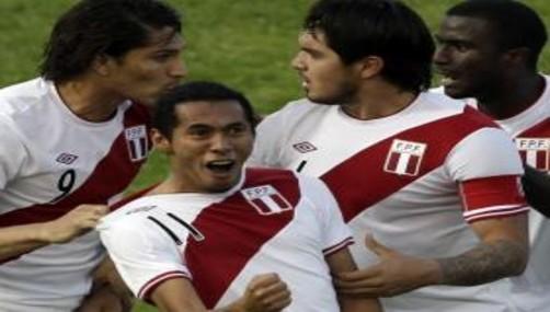 Carlos Lobatón: 'Trabajamos para hacer unas buenas Eliminatorias'
