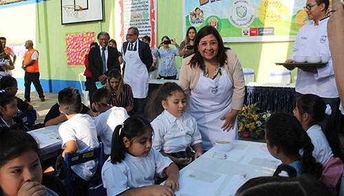 Masiva asistencia a colegios públicos en primer día de clases