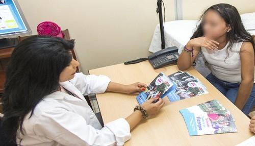 Adolescentes prefieren inyectables e implantes para prevenir embarazos