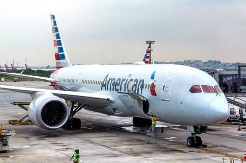 Pilotos de American Airlines dijeron que no volaran a Venezuela en medio de disturbios