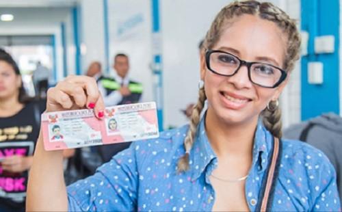 Venezolanos están obligados a actualizar su información personal en Migraciones Perú para evitar sanciones