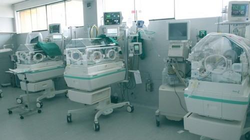 Hospital Santa Rosa implementa equipos de alta tecnología en Unidad de Cuidados Intensivos de Neonatología