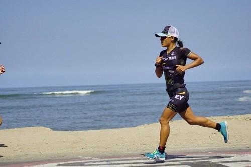 Triatleta peruana Ada Bravo bate récord nacional en IRONMAN 70.3 LIMA 2019