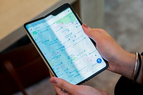 Las pantallas del Galaxy Fold de $ 2,000 de Samsung se están rompiendo