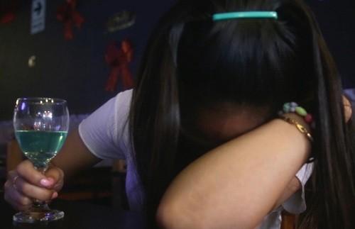 ¿Sabes cómo reconocer una intoxicación por alcohol?