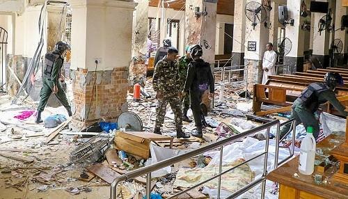 Explosiones de bombas del domingo de Pascua matan a 290 personas en Sri Lanka