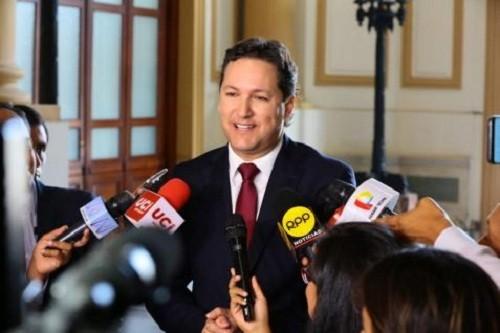 Decisión sobre Hinostroza le está pasando la factura al país dijo Salaverry