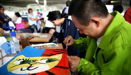 Estudiantes con discapacidad muestran sus trabajos en II Expoarte Inclusivo