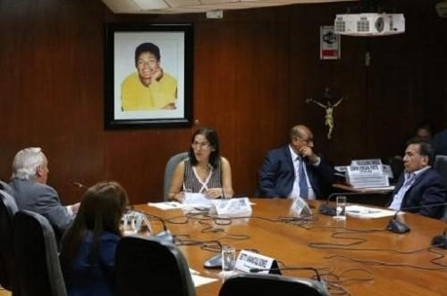 Exministro de educación Saavedra pasaría a condición de investigado