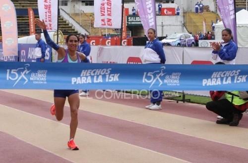 Gladys Tejeda se impone en carrera Últimas Noticias 15k de Ecuador