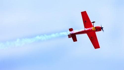 Establecen límites máximos permisibles de ruido generado por aeronaves que operan en territorio peruano