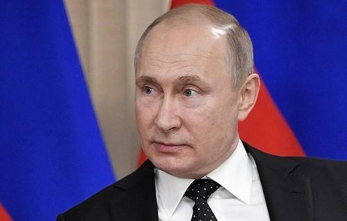 Putin dice que occidente está loco por respaldar al Guaidó de Venezuela