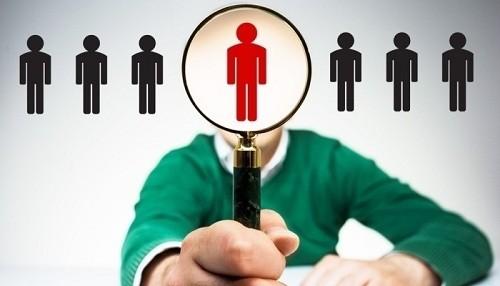 Conoce qué es lo que prioriza un reclutador al recibir tu CV