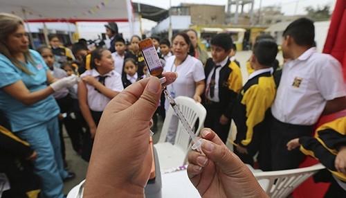 Ministra de Educación exhorta a familias e instituciones educativas brindar las facilidades para que los niños sean vacunados