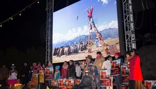 Estreno mundial de la película quechua 'Willaq Pirqa, el cine de mi pueblo' se realizó en Maras - Cusco