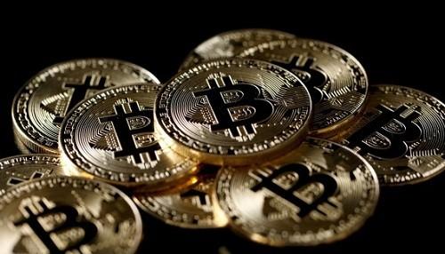 Bitcoin se eleva por encima de $ 11,000 por primera vez en 15 meses