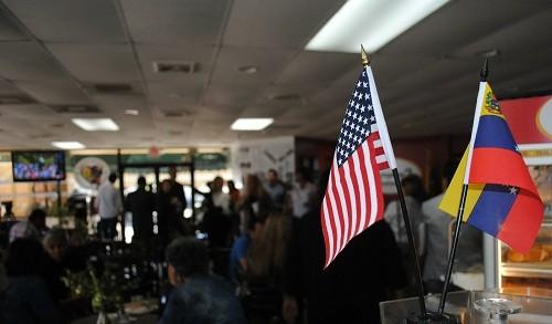 La administración de Trump continuará deportando a los venezolanos a pesar de la crisis