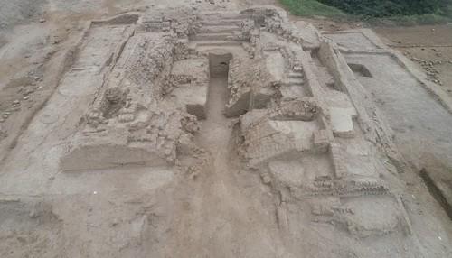 Investigadores del Ministerio de Cultura revelan nueva información sobre plataforma funeraria de Chayhuac An