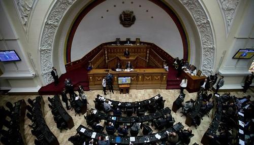Venezuela: la oposición advierte contra el plan para disolver el parlamento