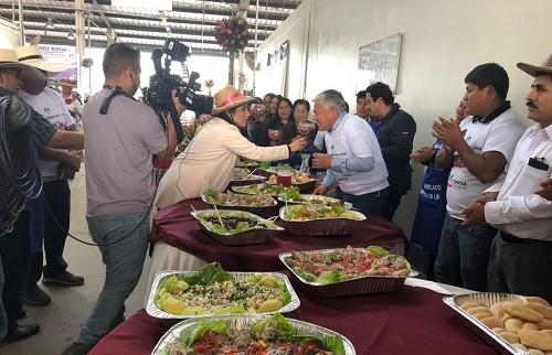Festival de la cebolla por el día de Arequipa