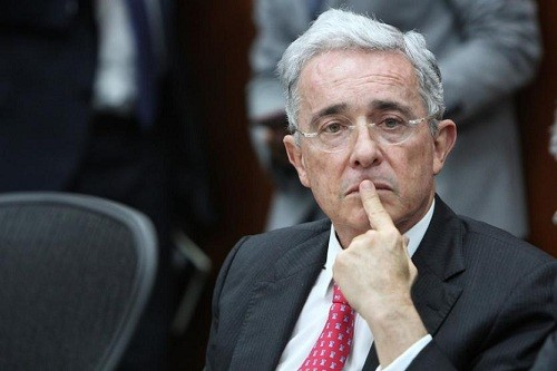 La Corte Suprema de Colombia llama a juicio al ex presidente Álvaro Uribe
