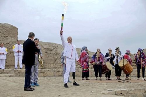 Se encendió la antorcha Parapanamericana en el Templo de Pachacámac