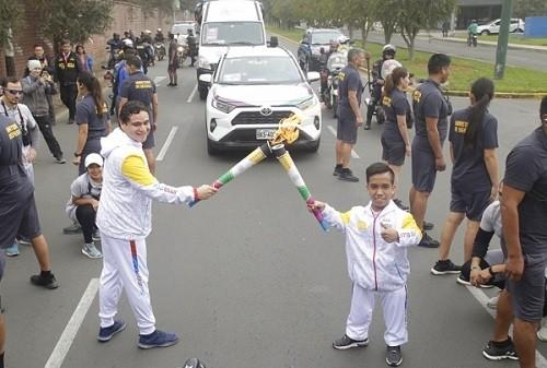 Cinco para deportistas en recorrido de la antorcha Parapanamericana