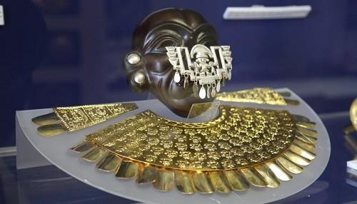 Biblioteca Nacional presenta muestra temporal 'Réplicas de ornamentos y joyas de las culturas prehispánicas del Perú'