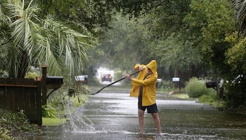 El huracán Dorian mira a Canadá después de las inundaciones en Carolina del Norte