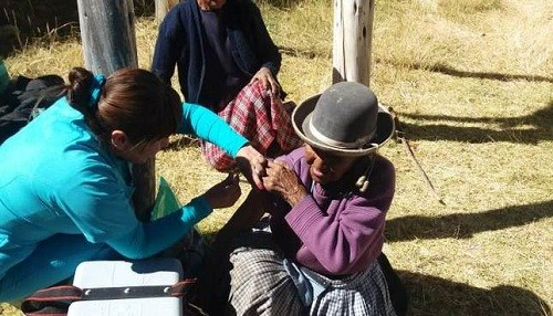 Minsa continúa con la vacunación contra la influenza en todo el país