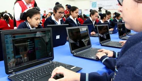 Minedu avanza en el diseño de una escuela digital
