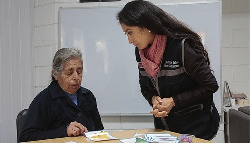 Alzheimer afecta a más de 200 mil adultos mayores en Perú