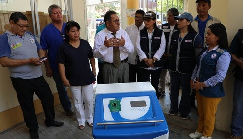 Minsa entrega más generadores de oxígeno para enfrentar emergencias respiratorias en todo el país